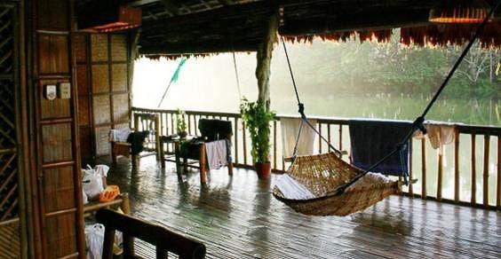 Filipinas: o restaurante ao pé da cachoeira