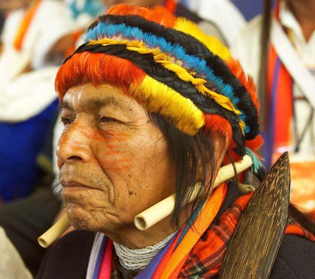 Petróleo ameaça os índios na Amazônia