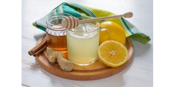 Suco de Limão com Mel