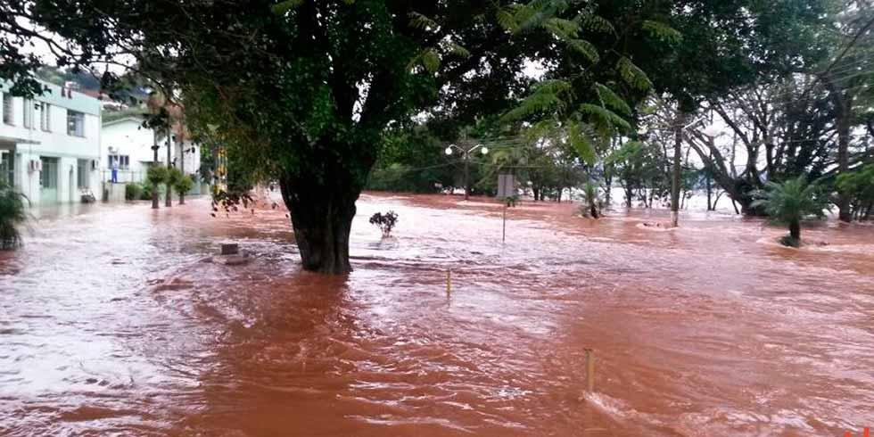 chuva continuam causando alagamentos em Santa Catarina