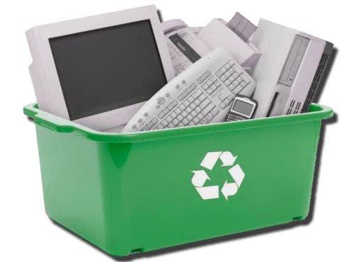 Computadores fabricados com materiais reciclados