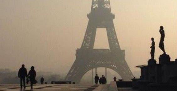 ar poluído da Cidade Luz como ao fumo passivo em Paris