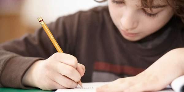 Escrever à mão deixa mais inteligentes
