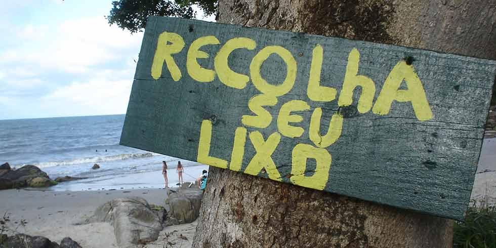 Bahia: multa para quem jogar lixo no chão