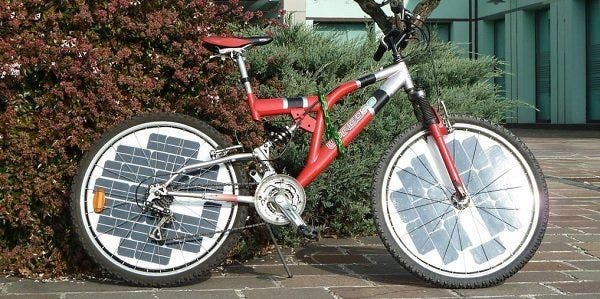 Painel fotovoltaico bicicleta