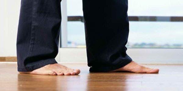Caminhar descalço saúde