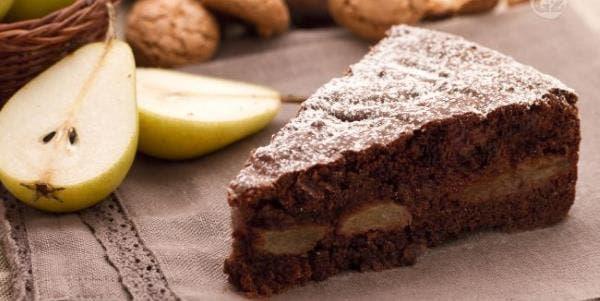 bolo-de-chocolate-com-pera