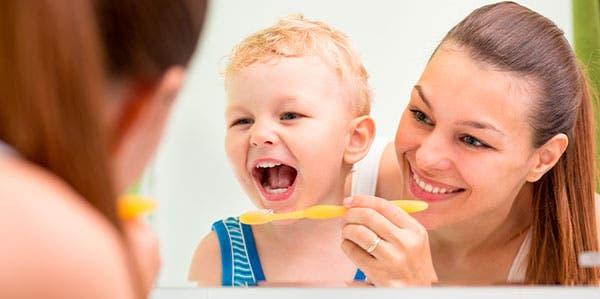 escovação-crianças