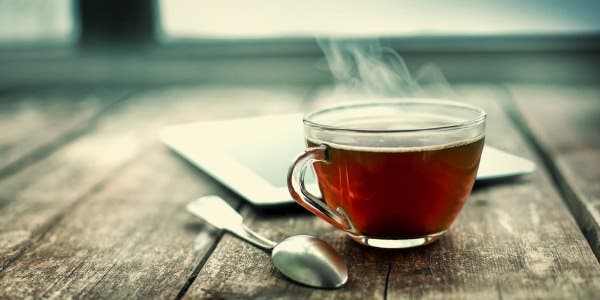 chá com pesticidas