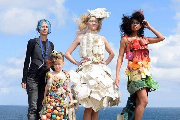 moda lixo praia marina
