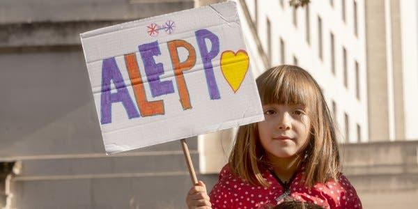 ajudar os feridos de Aleppo