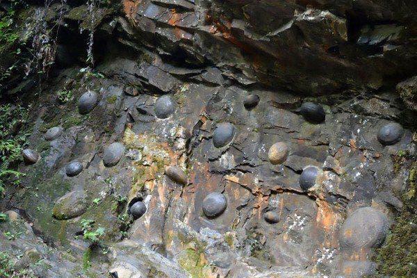 ovos de pedra 2