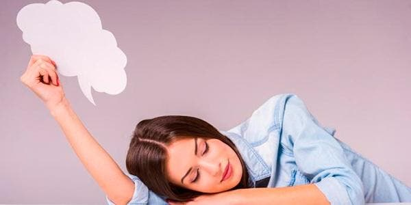 falar durante o sono