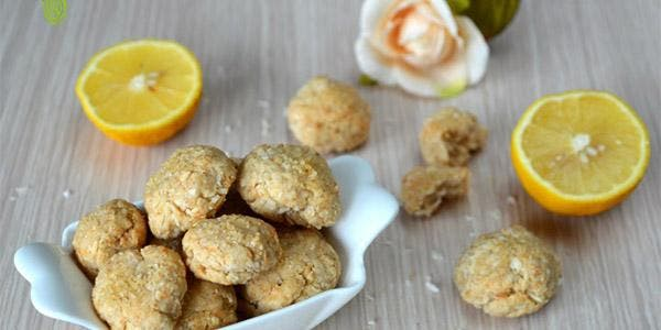 Biscoito caseiro de coco e limão