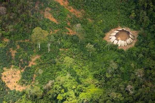 povos indígenas isolados