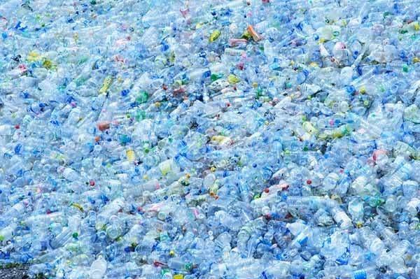 inundação plastico