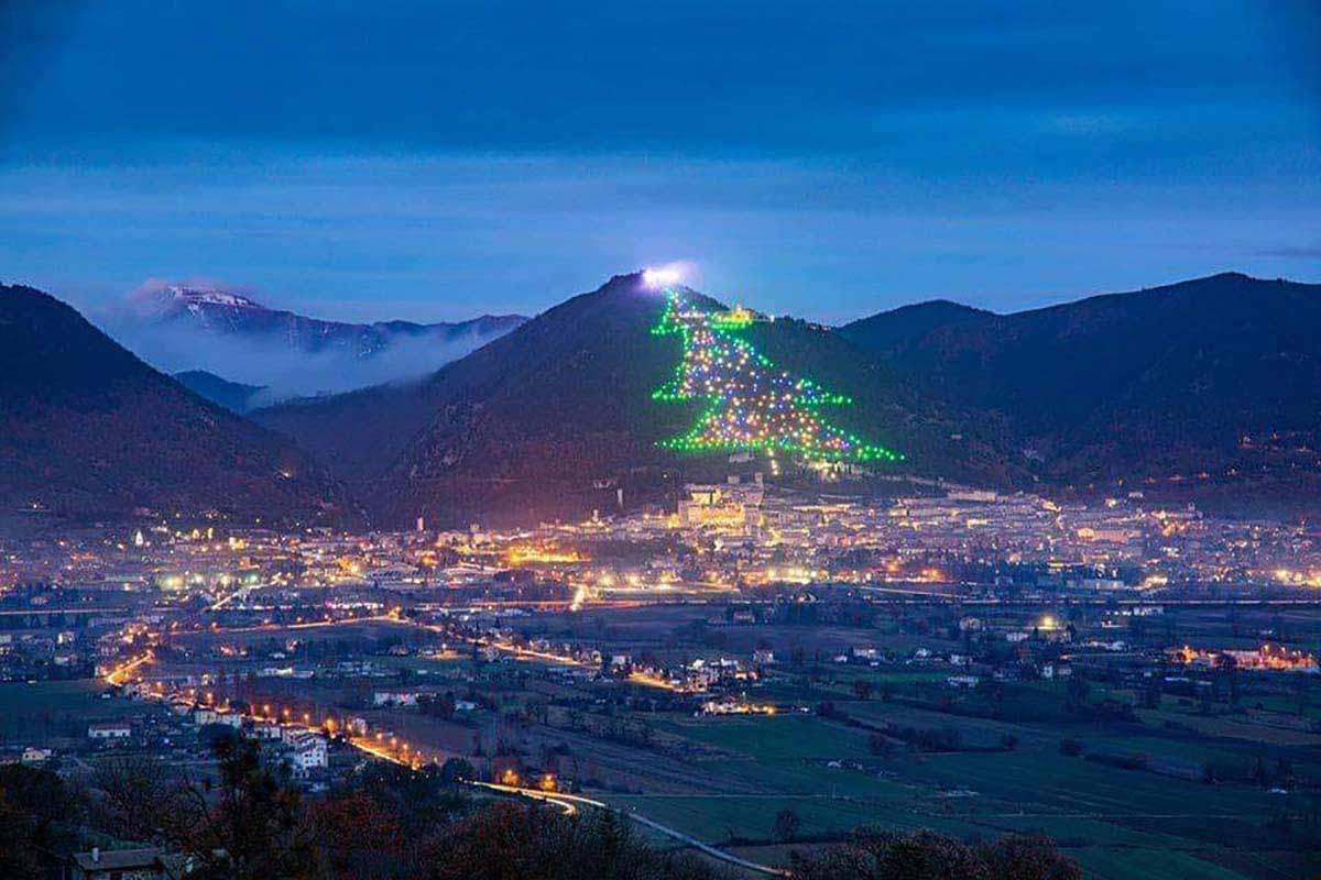 Árvore de Natal de Gubbio