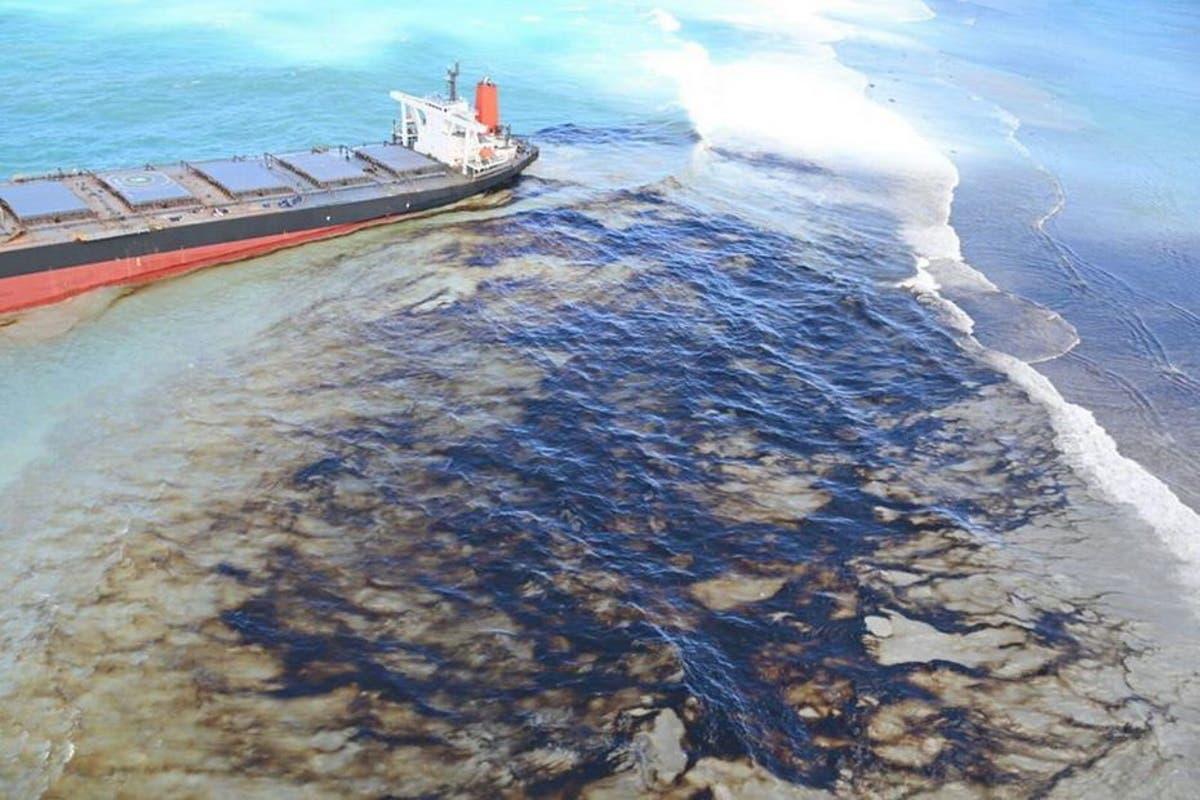 Derramamento de combustíveis fósseis