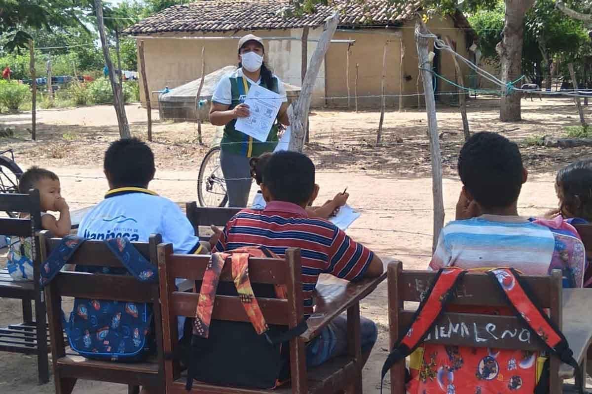 professora-brasil-criancas
