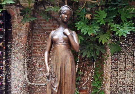 Estatua-da-Julieta