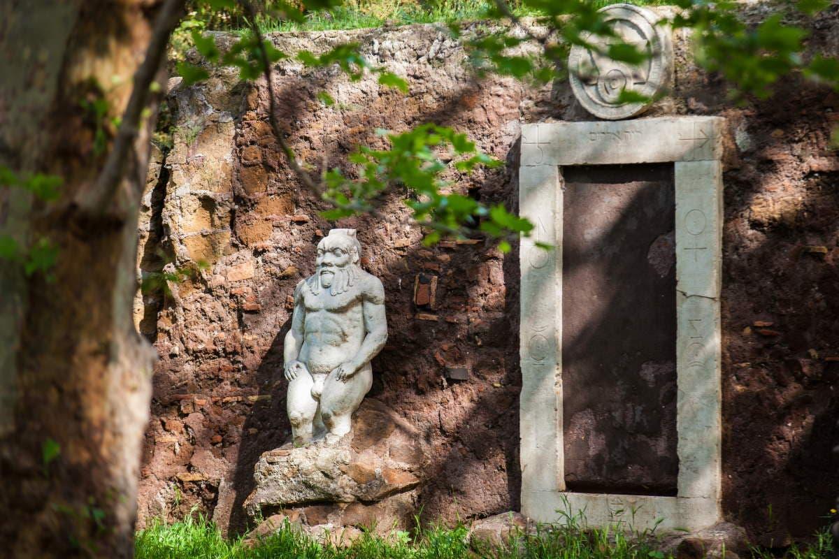 porta alchemica roma